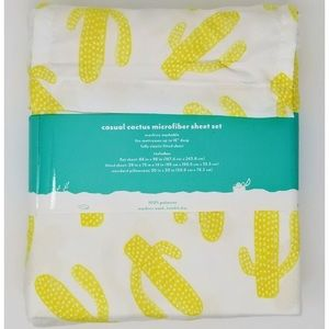 Bedding - NWT PillowFort green cactus twin sheet set